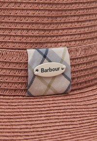 Barbour - WELLWOOD TARTAN SUN HAT - Hat - rose tan - 5
