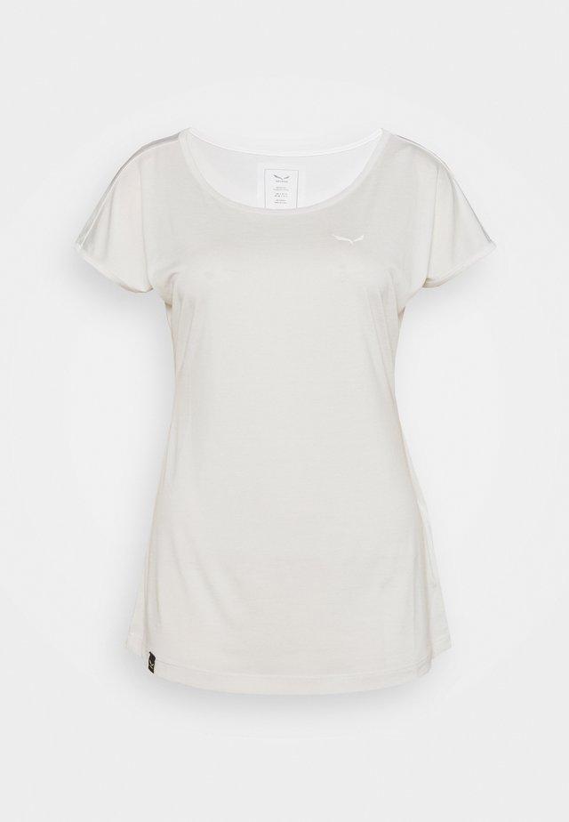 PUEZ DRY TEE - T-shirts - white melange