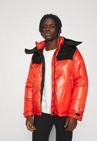 Champion Reverse Weave - HOODED JACKET - Winter jacket - red - 0