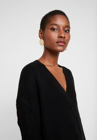 Esprit Collection - CABLE  - Sweter - black - 3