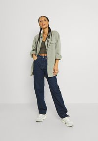 Gina Tricot - HIGH WAIST - Jeans relaxed fit - deep ocean - 1