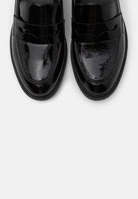 XTI - Slippers - black - 5