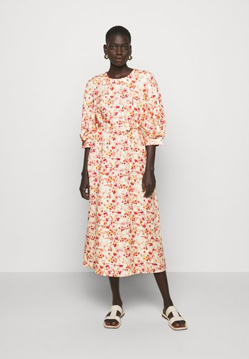 MIDI DRESS WITH TUCKS IN SLEEVE - Day dress - sepia blossom