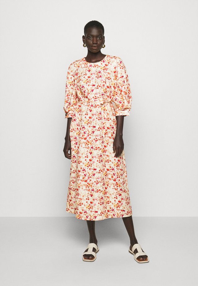 MIDI DRESS WITH TUCKS IN SLEEVE - Robe d'été - sepia blossom