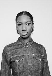 Versace Jeans Couture - LADY - Button-down blouse - indigo - 4