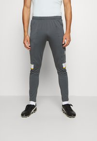 Under Armour - CHALLENGER III TRAINING - Trainingsbroek - pitch gray - 0