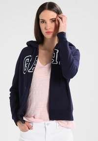 GAP - Zip-up hoodie - navy uniform - 0