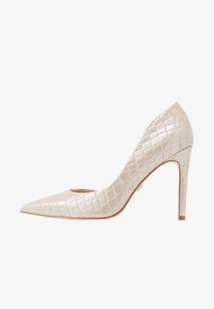High heels - light gold