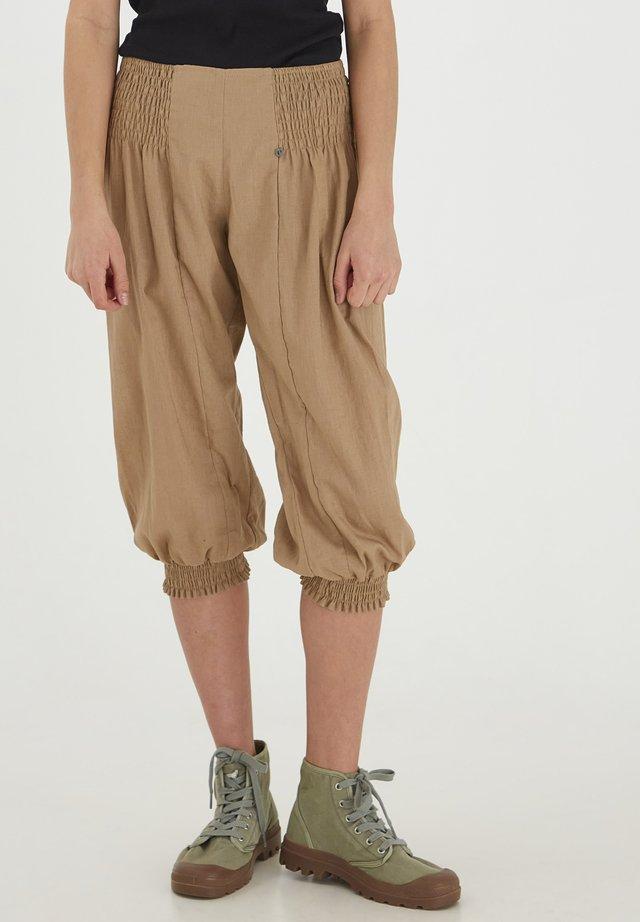 Shorts - tannin