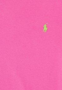 Polo Ralph Lauren - CUSTOM SLIM FIT CREWNECK - Basic T-shirt - maui pink - 6