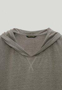 Massimo Dutti - Basic T-shirt - grey - 4
