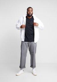 Polo Ralph Lauren Big & Tall - CLASSIC - Basic T-shirt - black - 1