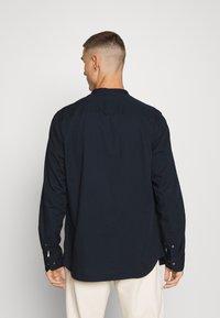 Calvin Klein - STAND COLLAR LIQUID TOUCH - Shirt - blue - 2