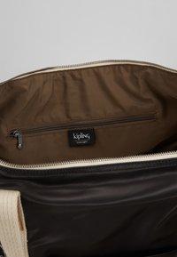 Kipling - ART M - Weekend bag - delicate black - 4