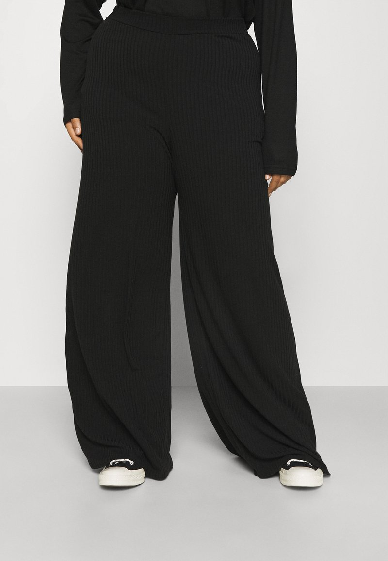 Missguided Plus - WID LEG TROUSER - Trousers - black