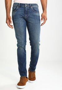 Selected Homme - SHNSLIM LEON - Jeans Slim Fit - medium blue denim - 0