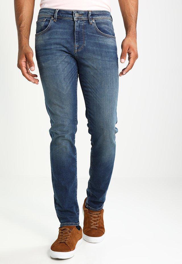 SHNSLIM LEON - Slim fit jeans - medium blue denim