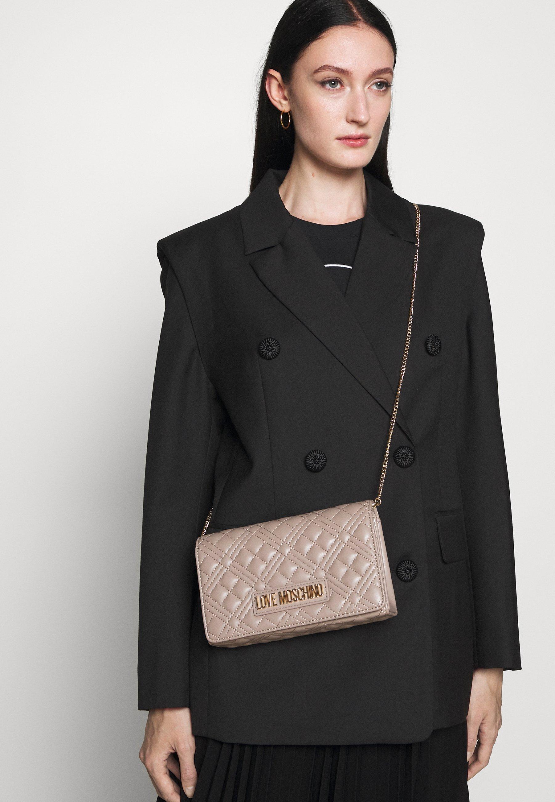 Women QUILTED CHAIN LOGO CROSSBODY - Across body bag