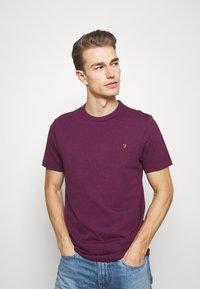 Farah - DENNIS SOLID TEE - Print T-shirt - purple marl - 3
