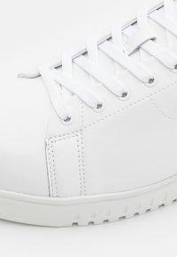 Emporio Armani - Trainers - white - 5