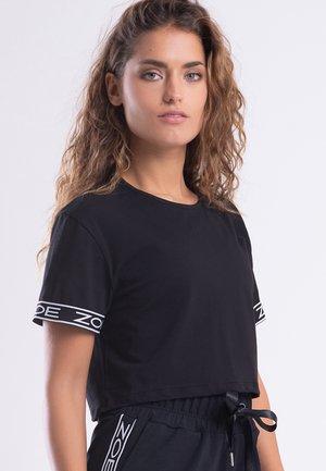 MY STRIPES - Camiseta estampada - black