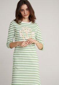 JOOP! - Jersey dress - grün weiß gestreift - 3