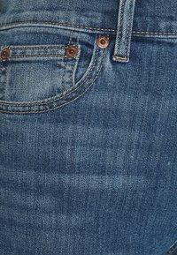 GAP - BOOT DUERO - Bootcut jeans - medium wash - 2