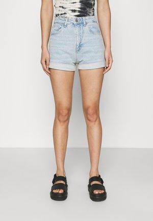 HIGH RISE CLASSIC STRETCH - Denim shorts - light blue denim