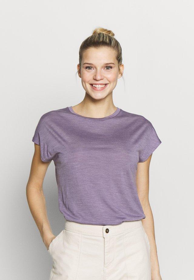 ACTIVIST TEE - T-shirt basic - lavender woods