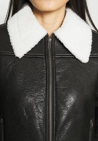 Who What Wear - ZIP FRONT JACKET - Faux leather jacket - black/cream - 5