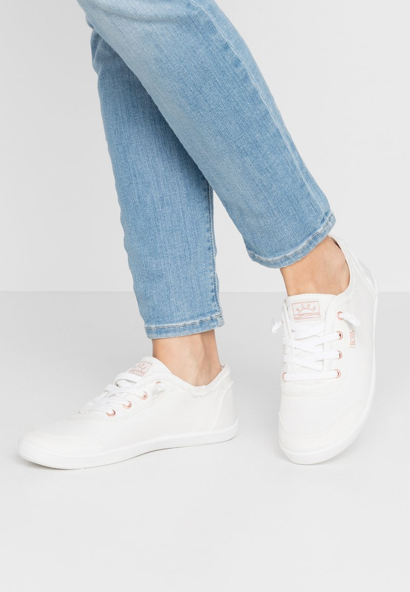 Skechers - BOBS CUTE - Trainers - white