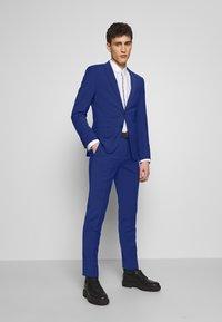 HUGO - ASTIAN HETS - Puku - bright blue - 0