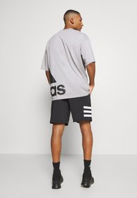 adidas Performance - 3 STRIPES AEROREADY TRAINING SHORTS - Short de sport - black/white - 2