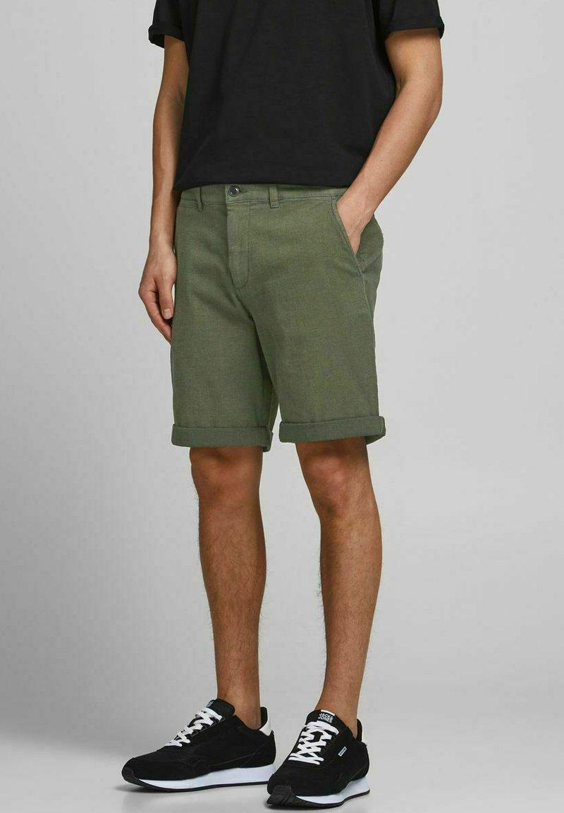 Jack & Jones - Shorts - deep lichen green