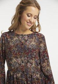 usha - Maxi dress - oliv - 3