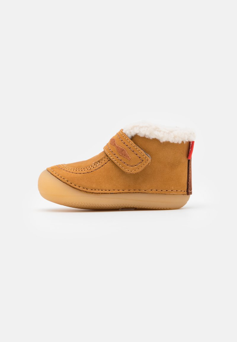 Kickers - SOETNIC UNISEX - Baby shoes - camel