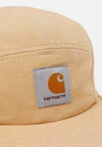 Carhartt WIP - BACKLEY UNSEX - Lippalakki - dusty brown - 4
