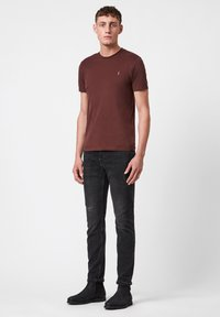 AllSaints - BRACE - Basic T-shirt - red - 1