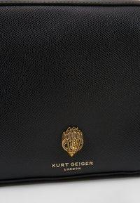 Kurt Geiger London - RICHMOND CROSS BODY - Taška spříčným popruhem - black - 6
