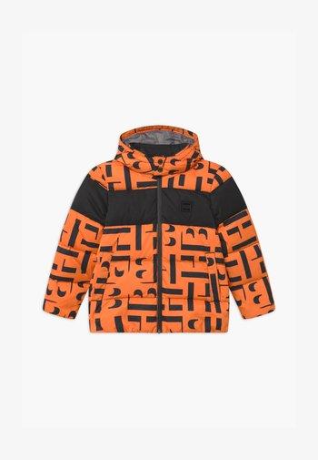 PUFFER - Winter jacket - orange