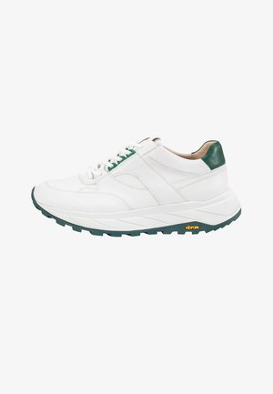Trainers - white-green