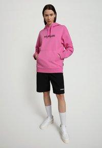 Napapijri - B-BOX HOODIE - Luvtröja - pink super - 1