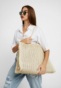 Seafolly - CARRIED AWAY CROCHET BAG - Tote bag - natural - 1