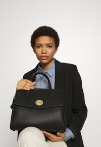 U.S. Polo Assn. - GARNER - Handbag - black - 1