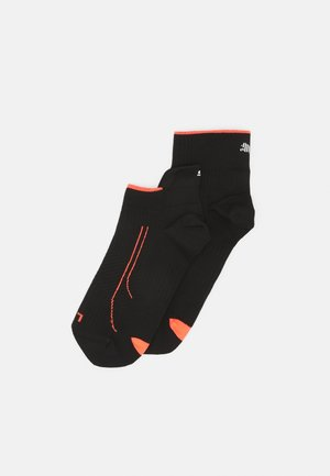 PERFORMANCE RUN SNEAKER QUARTER COMBO 2 PACK UNISEX - Sports socks - black