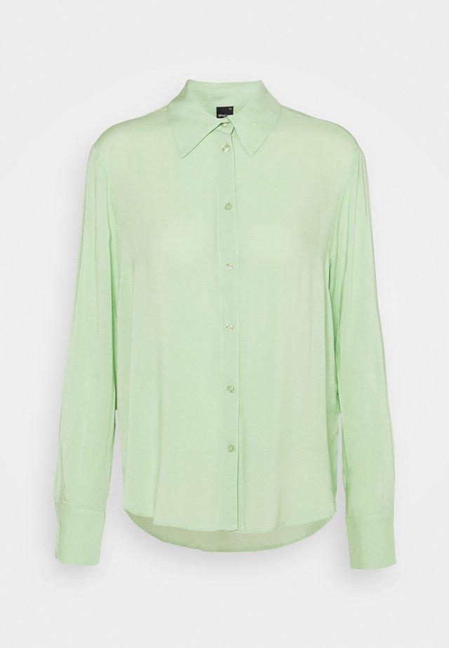 HILMA - Camicia - nile green