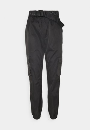 CARGO PANTS - Stoffhose - black