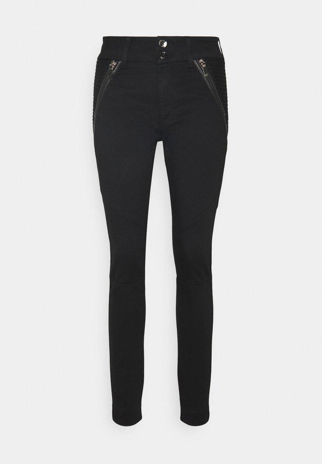 MILTON TUCK PANT - Pantalon classique - black