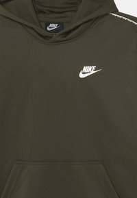 Nike Sportswear - REPEAT HOODIE - Hoodie - cargo khaki/white - 2