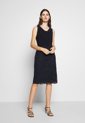 ISABELLA LACE DRESS COMBO - Koktejlové šaty / šaty na párty - lighthouse navy